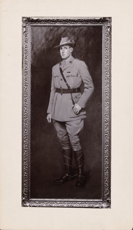 1776B: Portrait of Lieut. Hugo Throssell V.C. (10th Australian Light Horse) painted by Laurence B. Tayler, 1916 (Click to Start Zoom)
