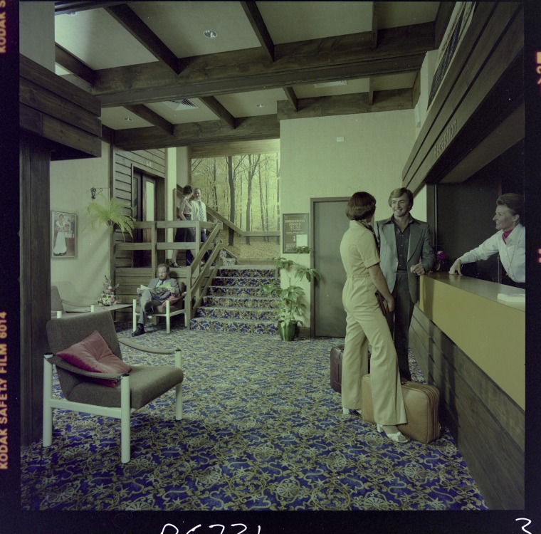 328169PD: Lobby of Miss Maud Private Hotel, 97 Murray Street, Perth, 4 April 1977 (Click to Start Zoom)