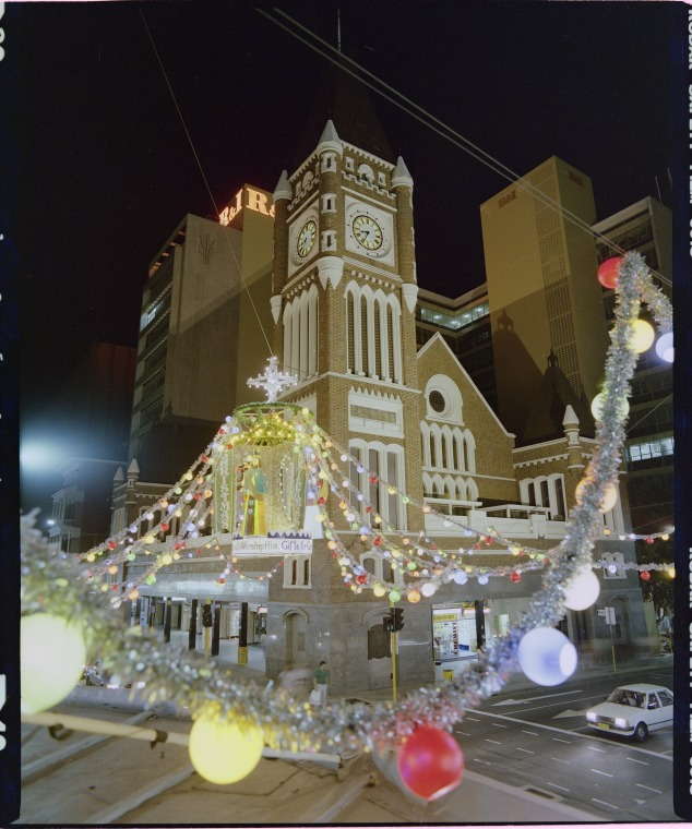 323416PD: Christmas Decorations, Intersection Of Hay And