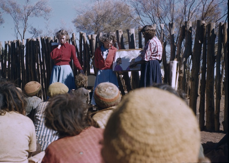 231509PD: Meeting, Warburton Mission, 1958-1961 (Click to Start Zoom)