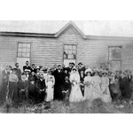 Wedding party of Rufus Burnsyde and Mary Eastcott, Yarloop, 18 August 1909